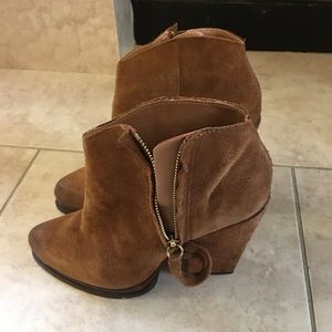 Suede leather booties